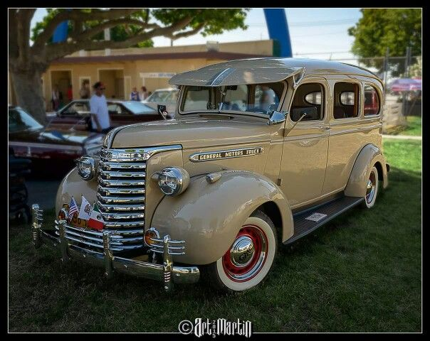 1940 Gmc Carry All Suburban Very Rare At Streetlow Car Show In