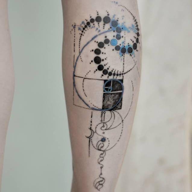 Spiritual Graphic Tattoos By Marie Roura Spiral Tattoos Geometric Tattoo Fibonacci Tattoo