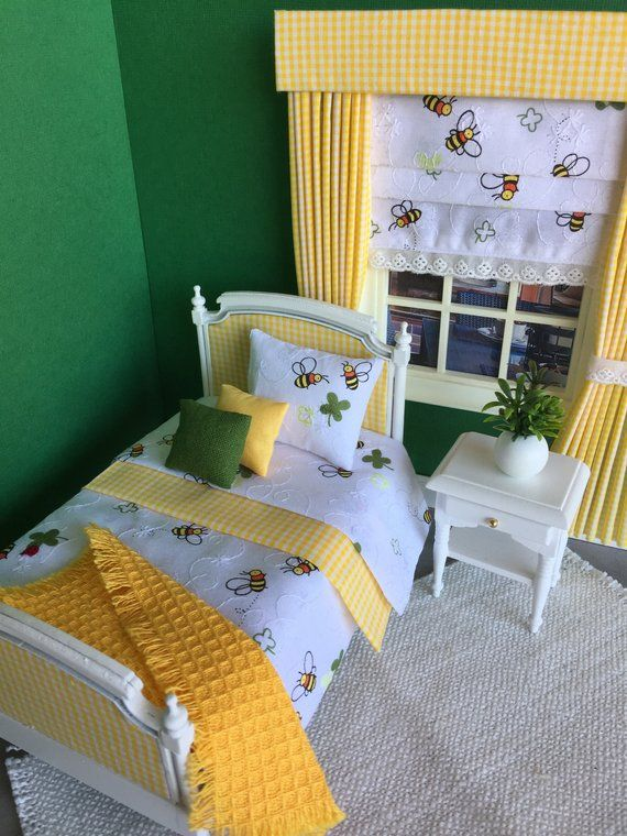 Hand made miniature dolls house 12th scale 6 piece Bumble bee cotton bed linen set for a single sized bed #miniaturedolls
