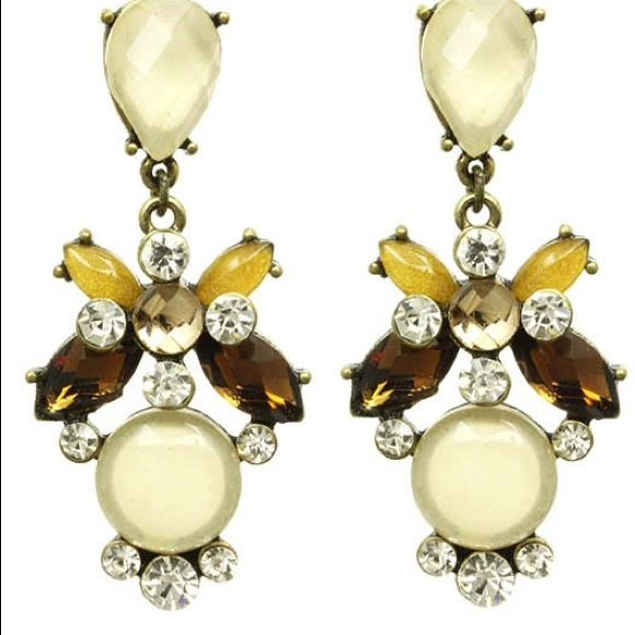 Chandelier Statement Earring Accent any outfit with these beautiful earrings Kristee P Jewelry