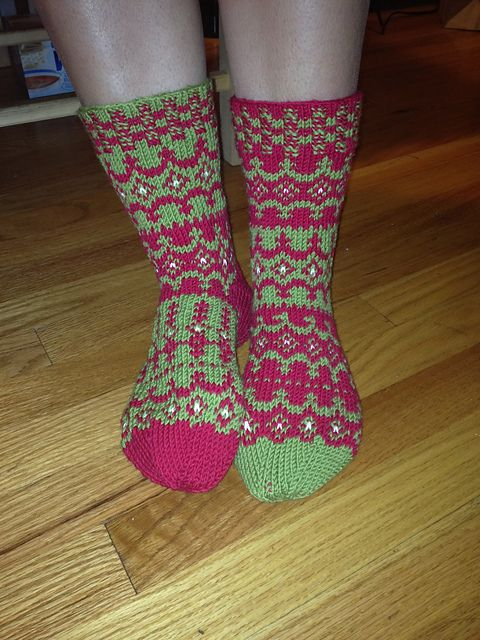 Ravelry: Holiday Garland Sock pattern by Kathleen Taylor