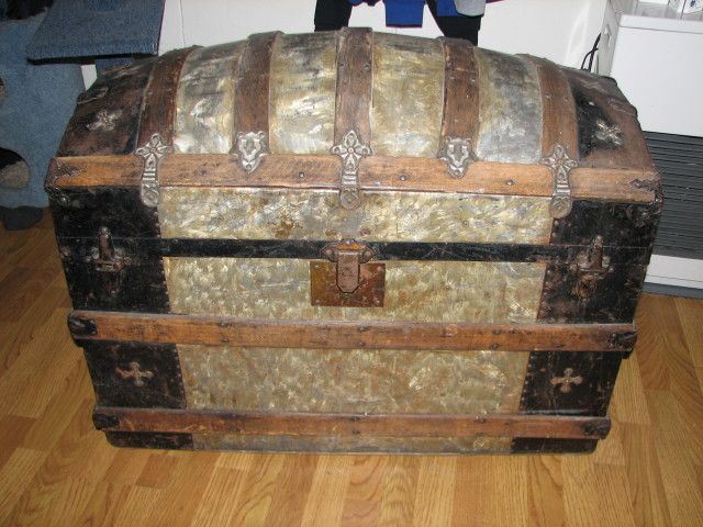 Antique+Trunks+Value | Collectibles-General (Antiques ...