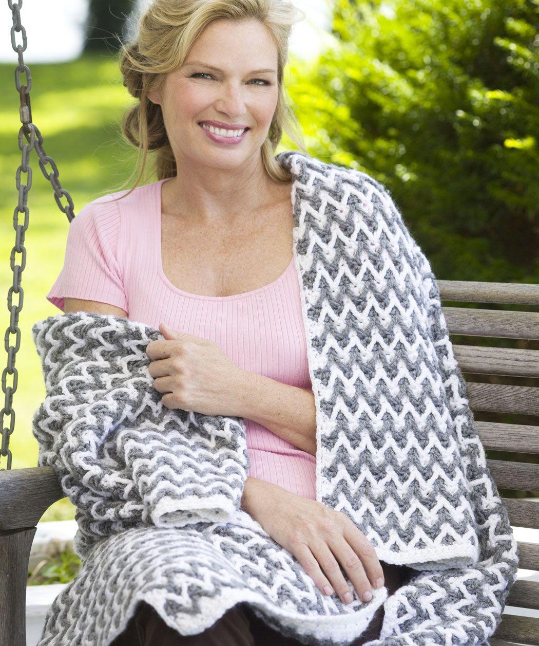 FREE crochet pattern~ Zigzag Post Stitch Throw | CrochetHolic ...