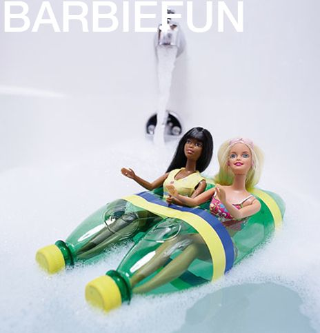 Mittwochs drinnen: Barbiefun - Dolores Wally Damensalon