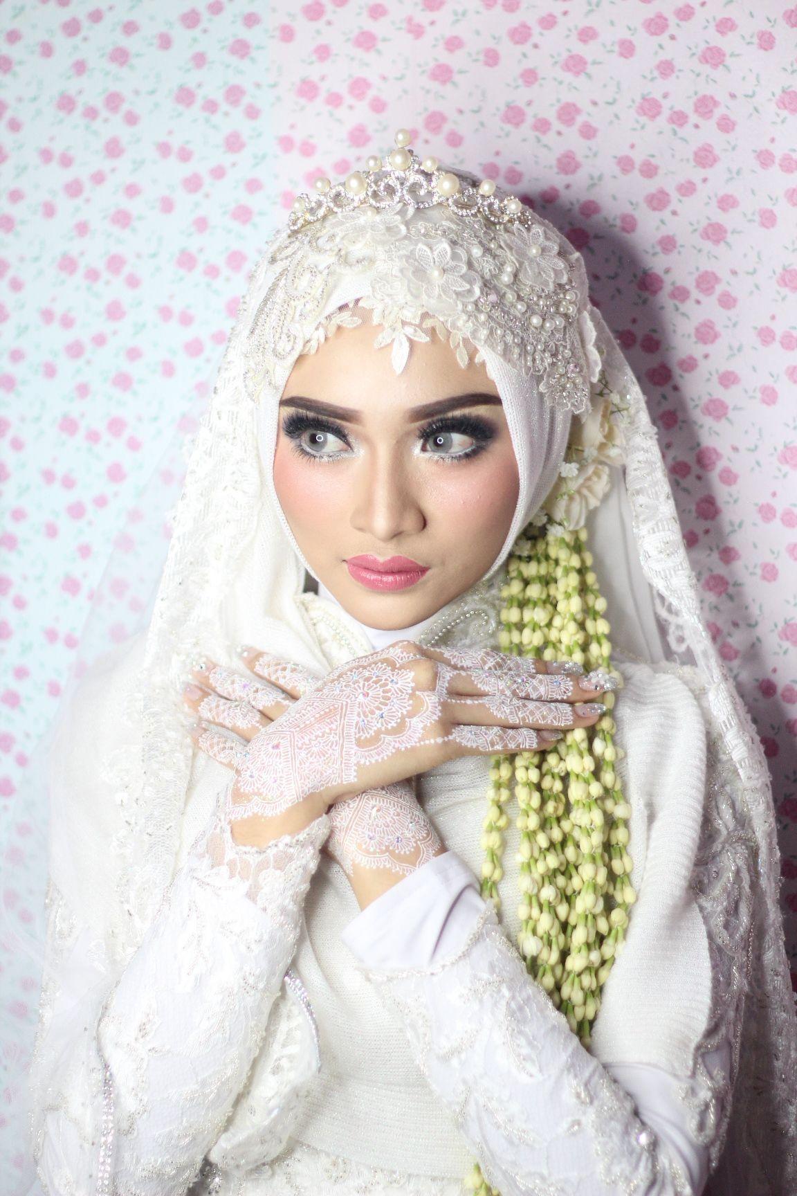 Pin Oleh Mimi Di Mariages Kerudung Pengantin Pengantin Wanita