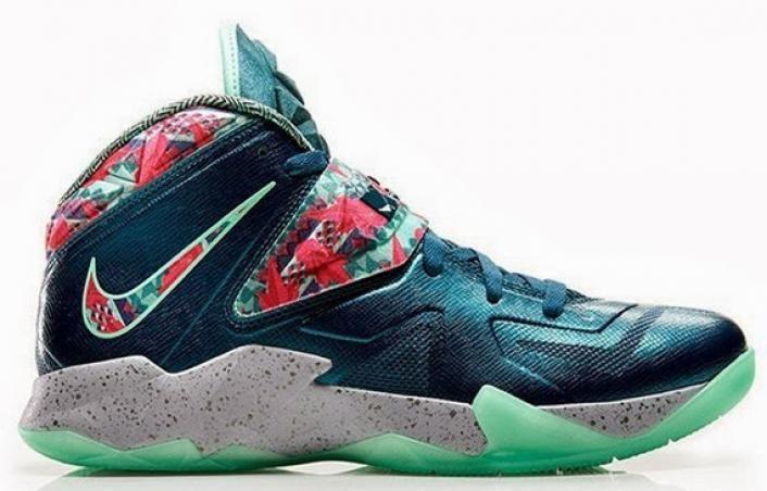 Lebron james shoes, Nike