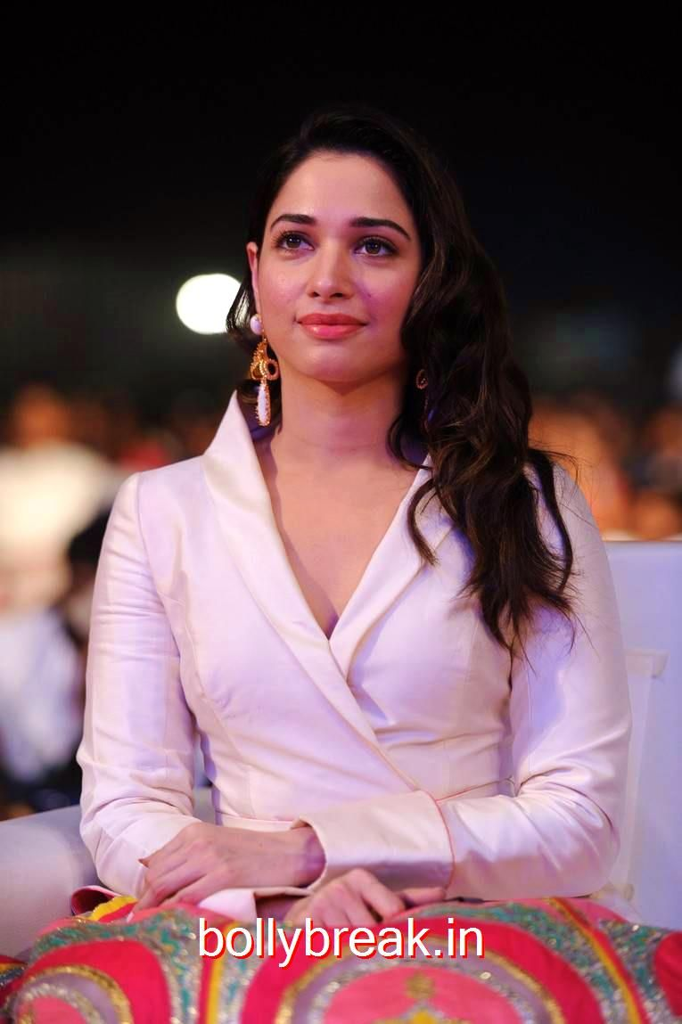 tamanna hot pics from baahubali 2 movie pre release function
