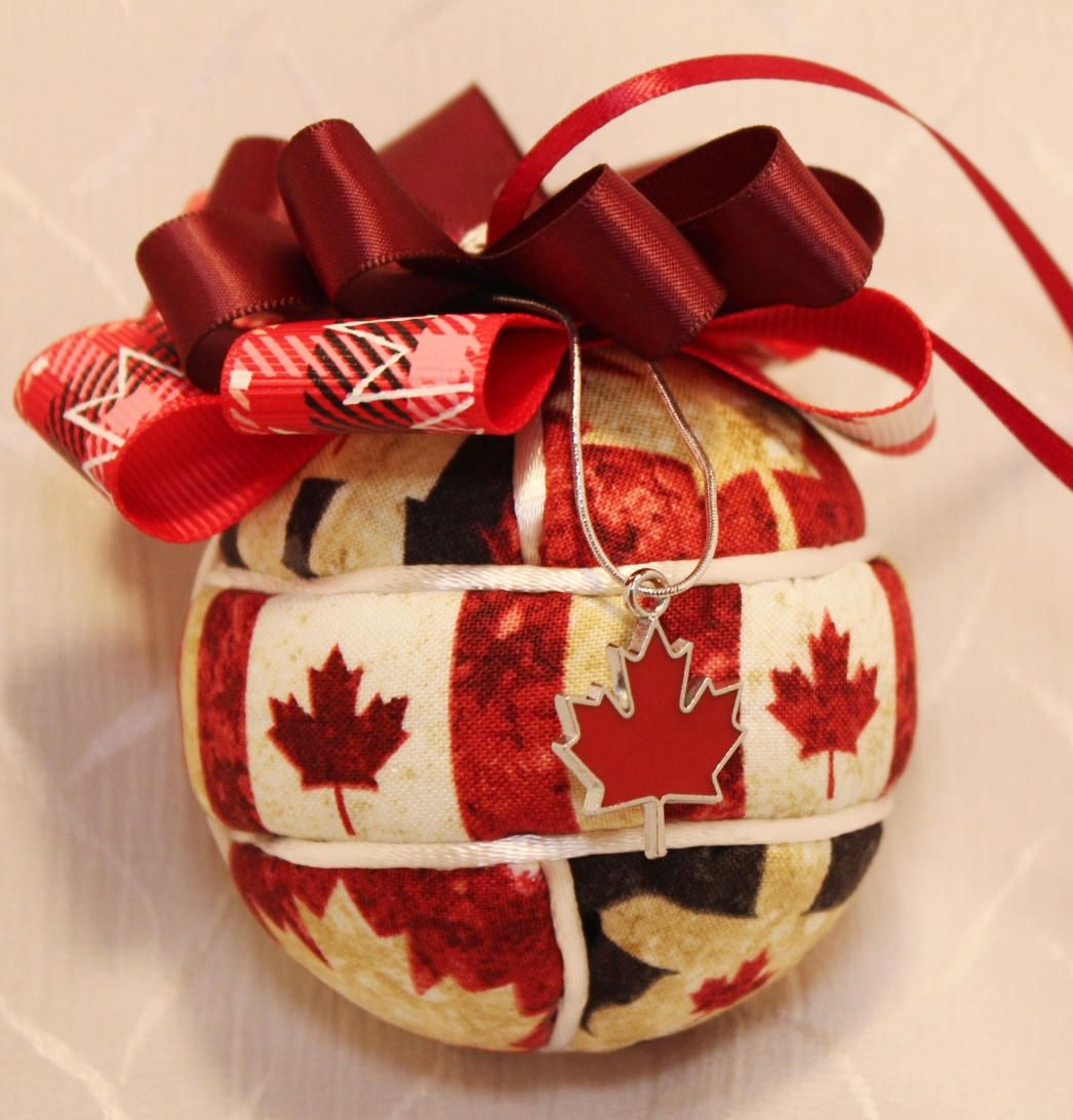 Canada 150 Kimekomi Ornament with Leaf Charm Quilted
