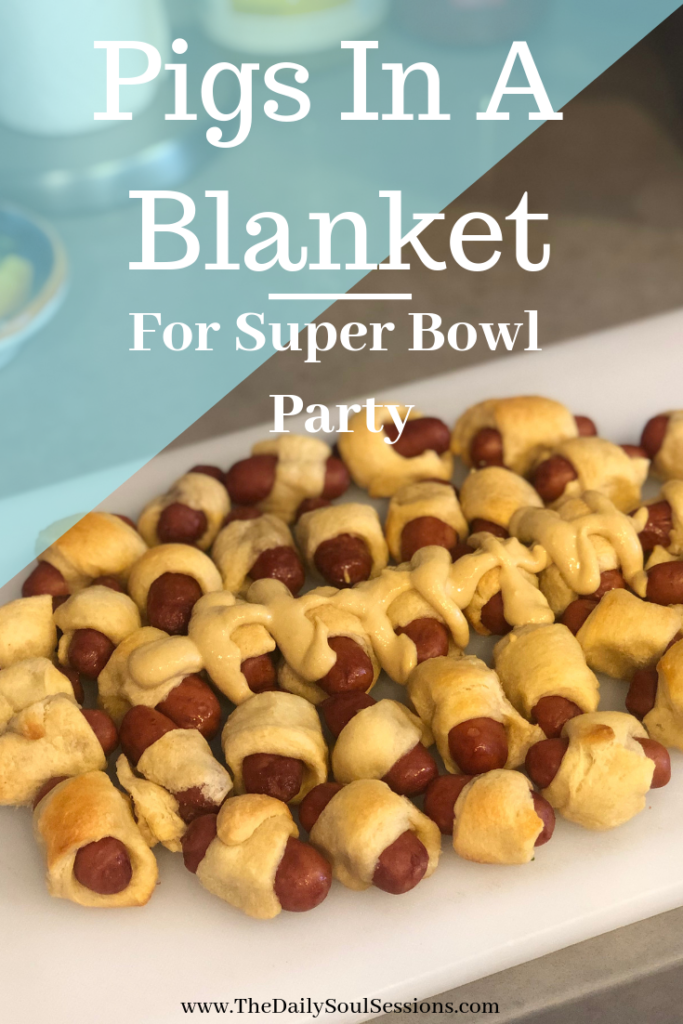 Pigs In A Blanket Recipe for Super Bowl Party #footballpartyfood