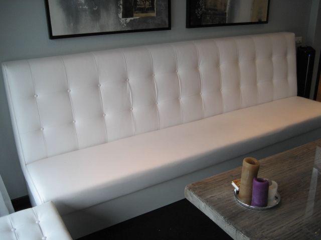Meubilair Gecapitonneerde Banken : Gecapitonneerde bank op maat met wit kunstleer meubilair en