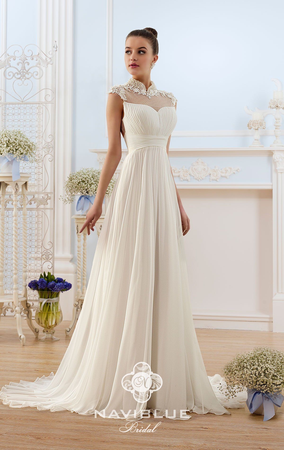 Brautkleid Leipzig www.lavie-brautmode.de  Hochzeitskleid