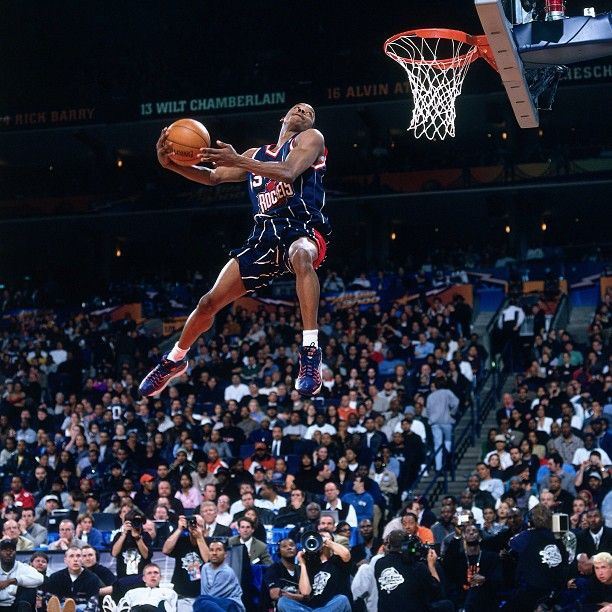 Houston Rockets' Steve Francis airborne in the 2000 dunk contest.