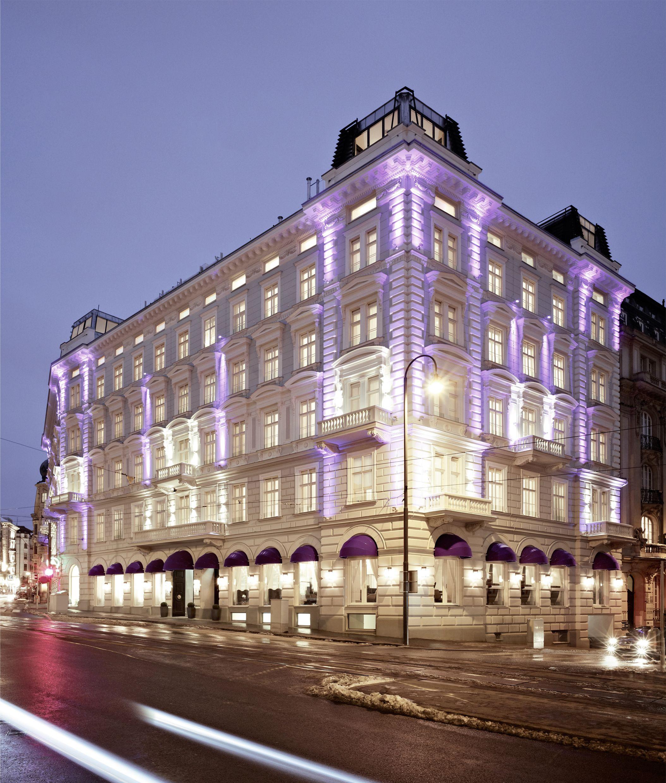 Hotel Sans Souci Wien In Serving #lillet