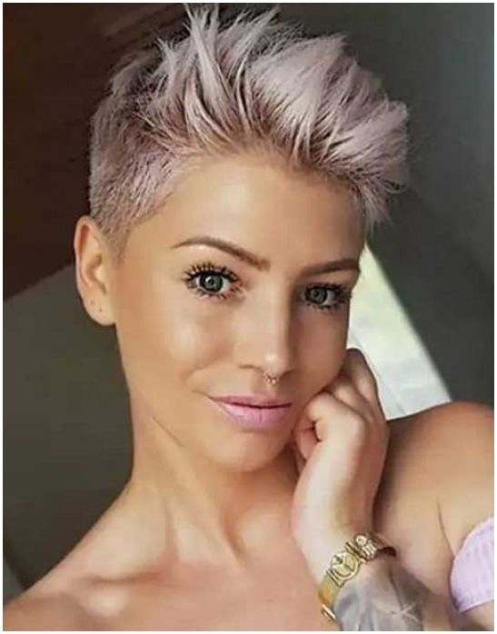55 Pixie Cut Hairstyle Images 2021