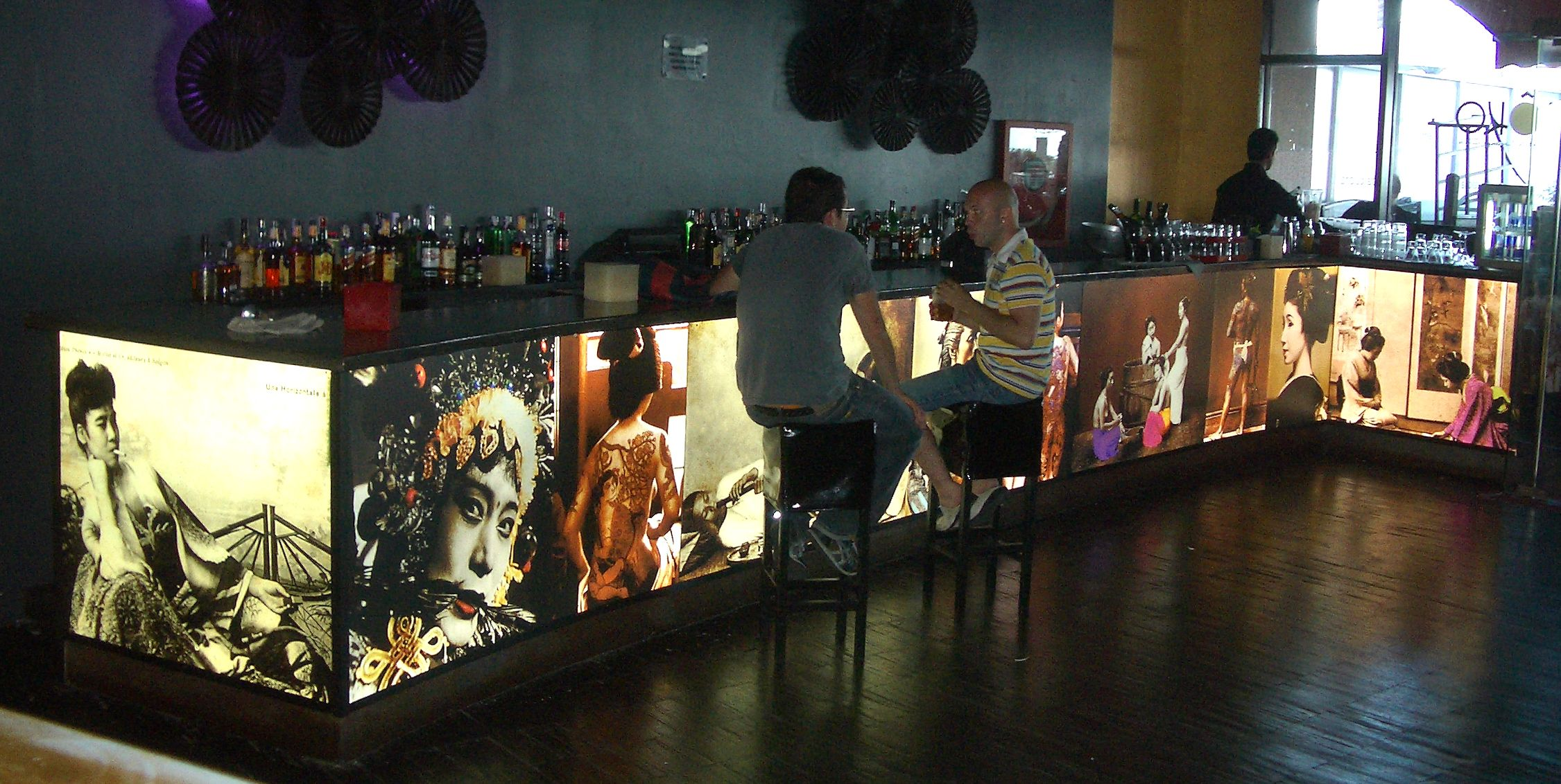 Mobiliario Led Barra De Bar Iluminada Con Nuestro Panel Led Da A  # Muebles Luvak Queretaro