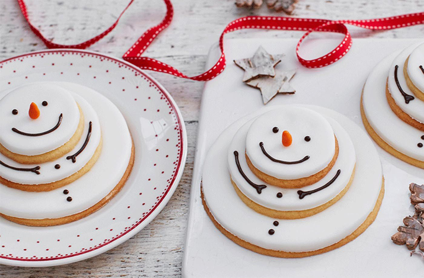 Stacking Snowmen Biscuits Recipe Christmas Baking For Kids Christmas Baking Christmas Biscuits