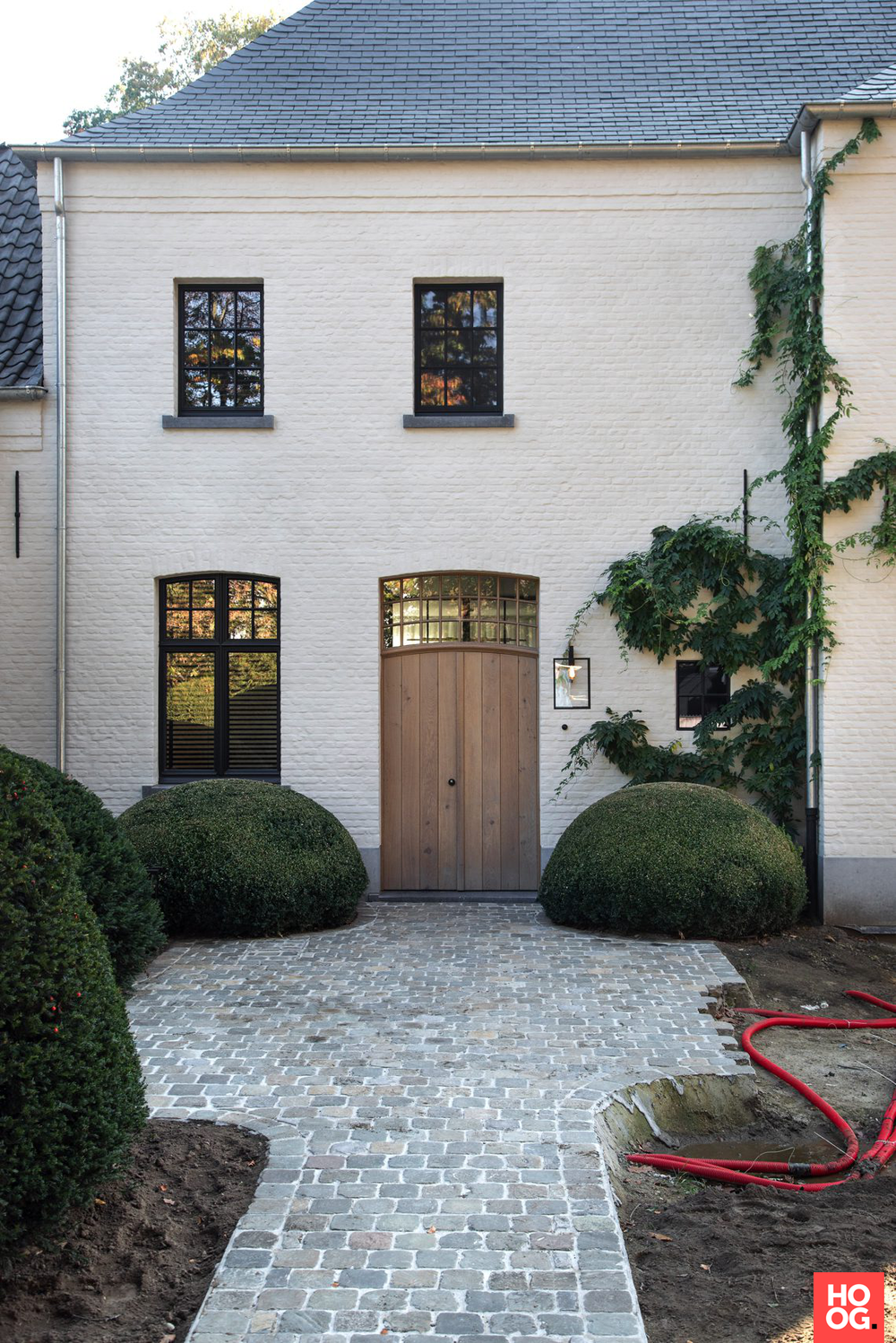 Pros And Cons Of Painting Your Brick House In 2020 Buitenkant