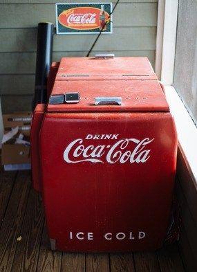 Coca-Cola cooler...love this! Photo credit: @clayaustinphoto