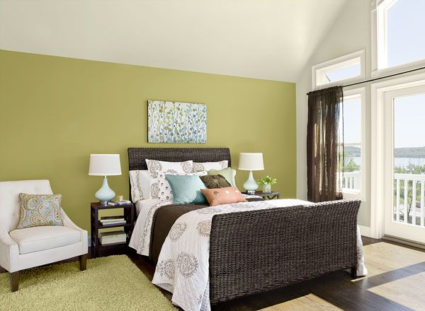Bedroom ideas inspiration green bedrooms bedrooms and for Couleur chaude pour une chambre