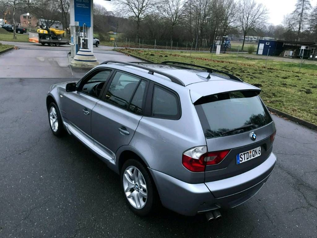 bmw x3 3 0 x drive m paket voll panorama ahk top gepflegt. Black Bedroom Furniture Sets. Home Design Ideas