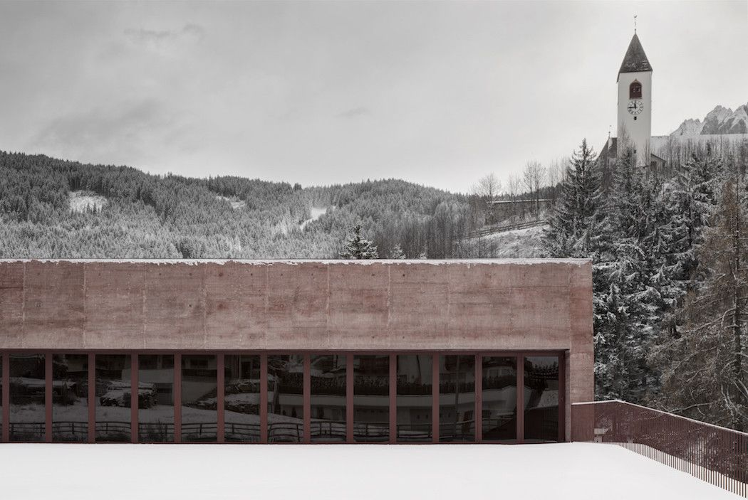 A Rose-Tinted Fire Station By Pedevilla Architects – iGNANT.de