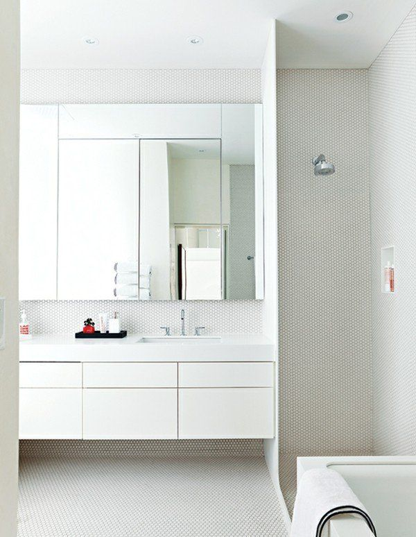 Modernes Bad Aktuelle Trends Baddesign Mosaikfliesen WOW Effekt Weiß  Glitzer Sechseckig Sehr Ansprechende Badezimmergestaltung