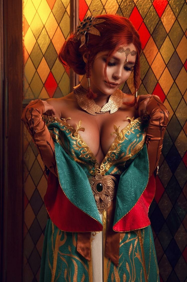 Nude cosplay triss The Witcher