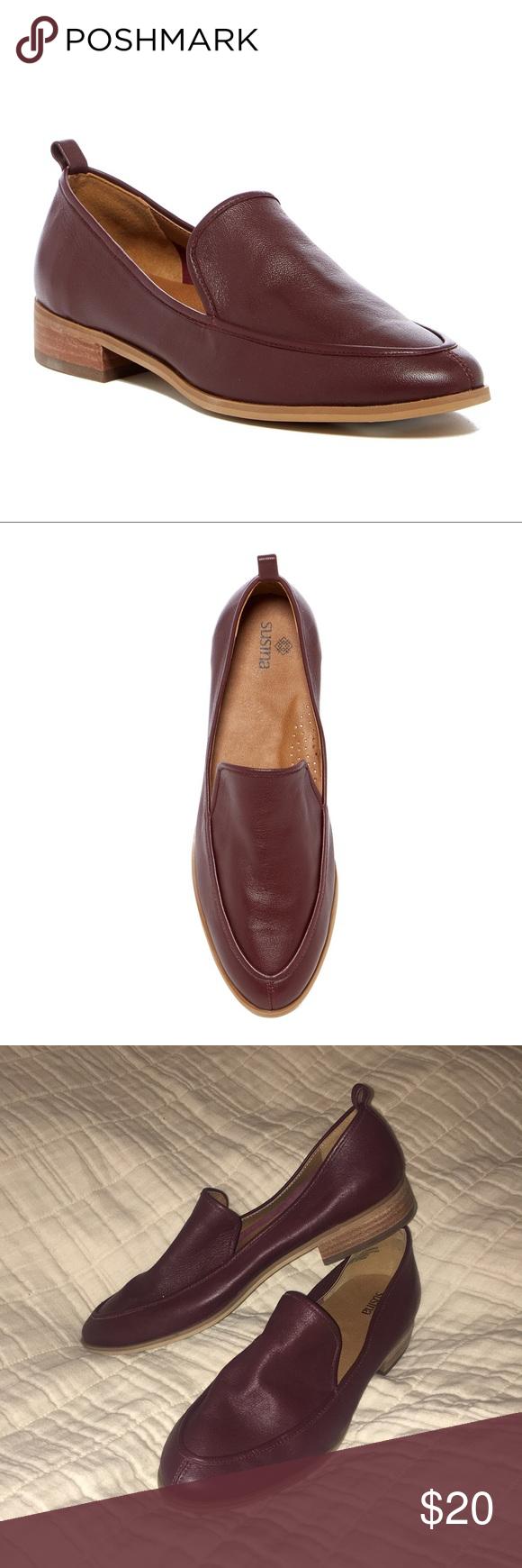 2593fb8ee1d SUSINA Kellen Almond Toe Flat Sizing  True to size. Almond toe. Notched  collar