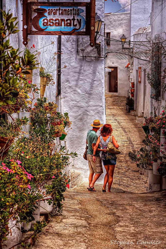 In The Streets | Couple walking down one of the narrow stree… | Flickr