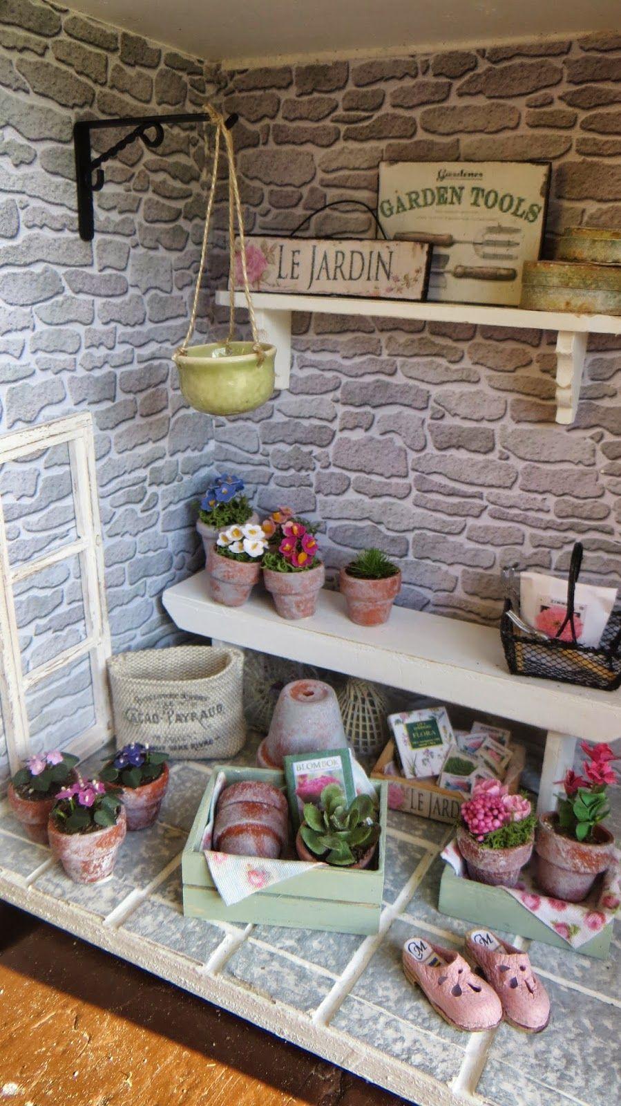 Dollhouse Miniature Garden Hand Tools Set for 1:12 Doll House Scene