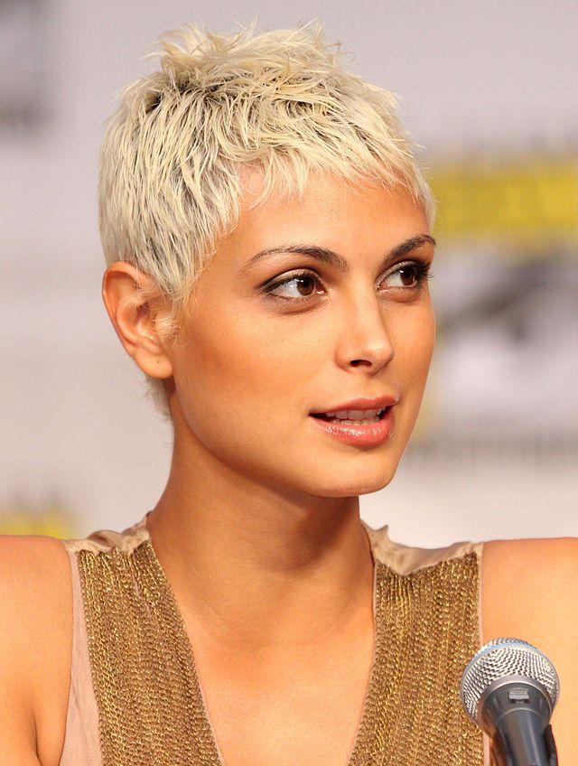 Morena Baccarin Wikipedia Haarschnitt Kurz Haarschnitt Kurzhaarfrisuren
