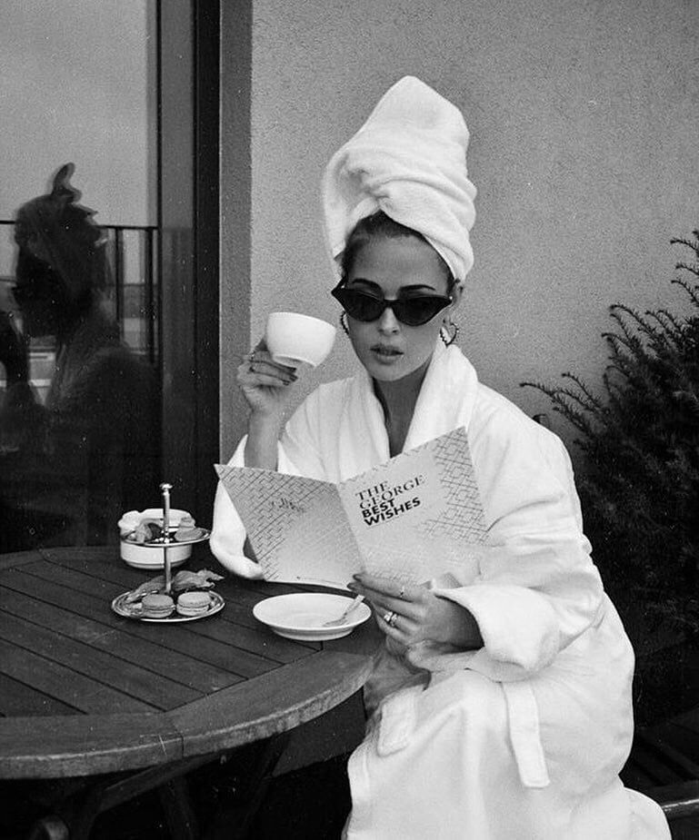 Aesthetic Classy Girl Black And White Coffee Home Lovely Black And White Aesthetic Black And White Photo Wall White Aesthetic