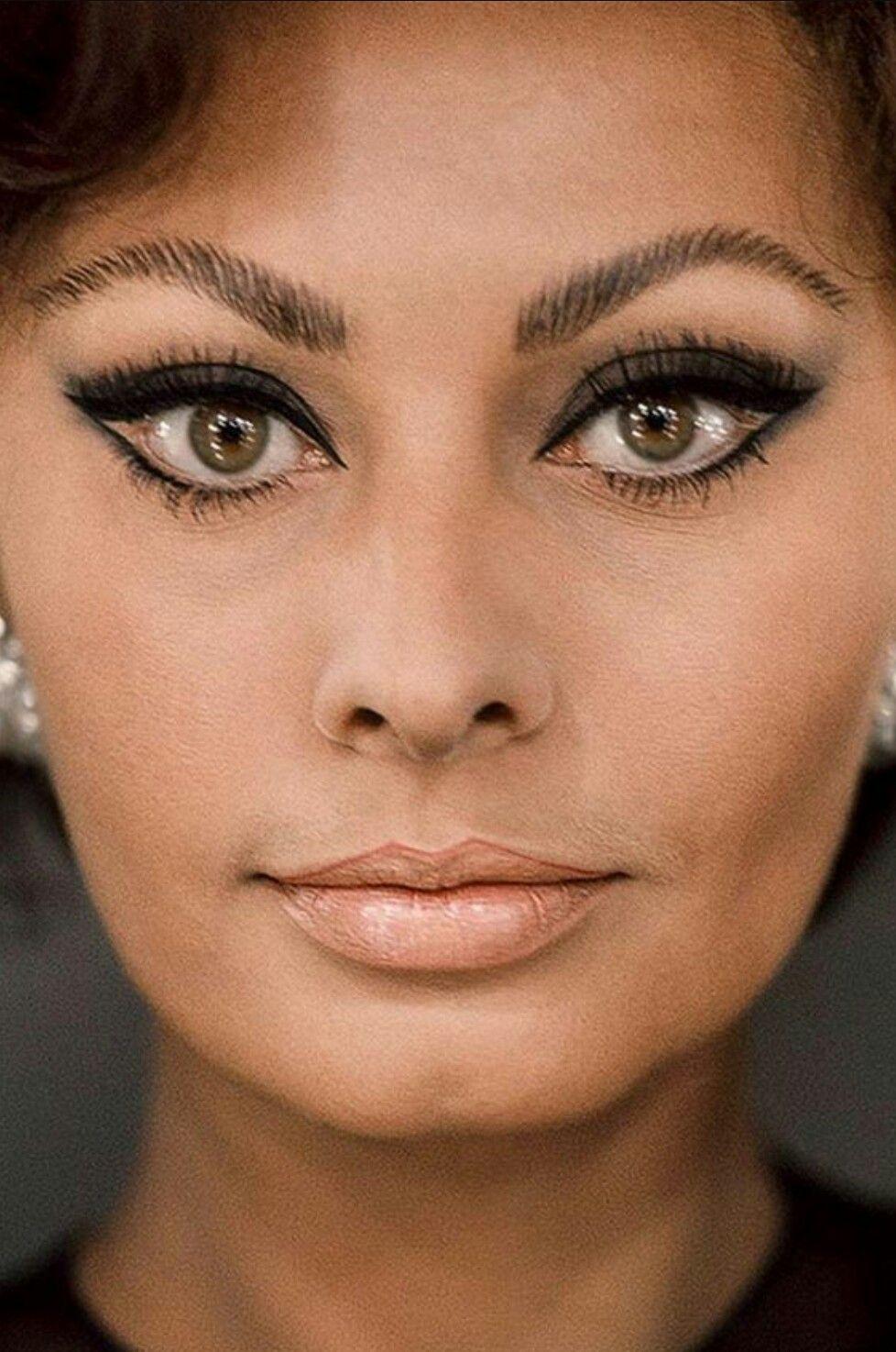 Sophia Loren Such Beautiful Eyes Sophia Loren Makeup Sophia Loren Vintage Makeup