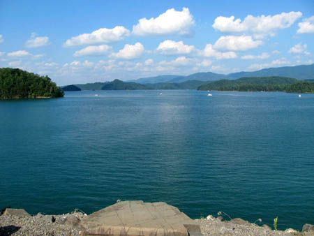 South Holston Lake | South Holston Lake in 2019 | Weekend ... on topo map of gibbons creek reservoir, topo map of north carolina, topo map of great smoky mountains national park, topo map of united states, topo map of choke canyon reservoir, topo map of montana, topo map of aurora reservoir, topo map of ladue reservoir, topo map of woods reservoir, topo map of mississippi river,