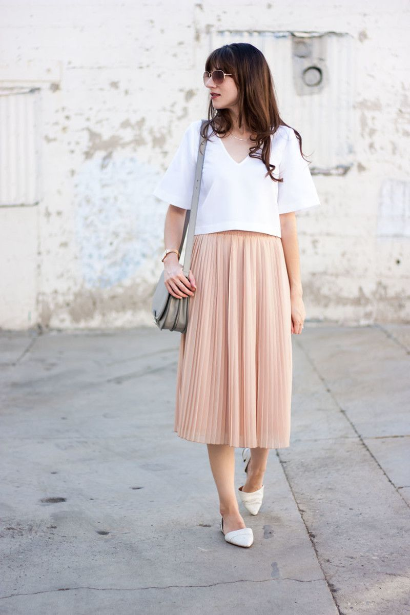 d60084e6d51c Blush Pleated Midi Skirt + link Up | Style & Outfit Ideas | Pleated ...