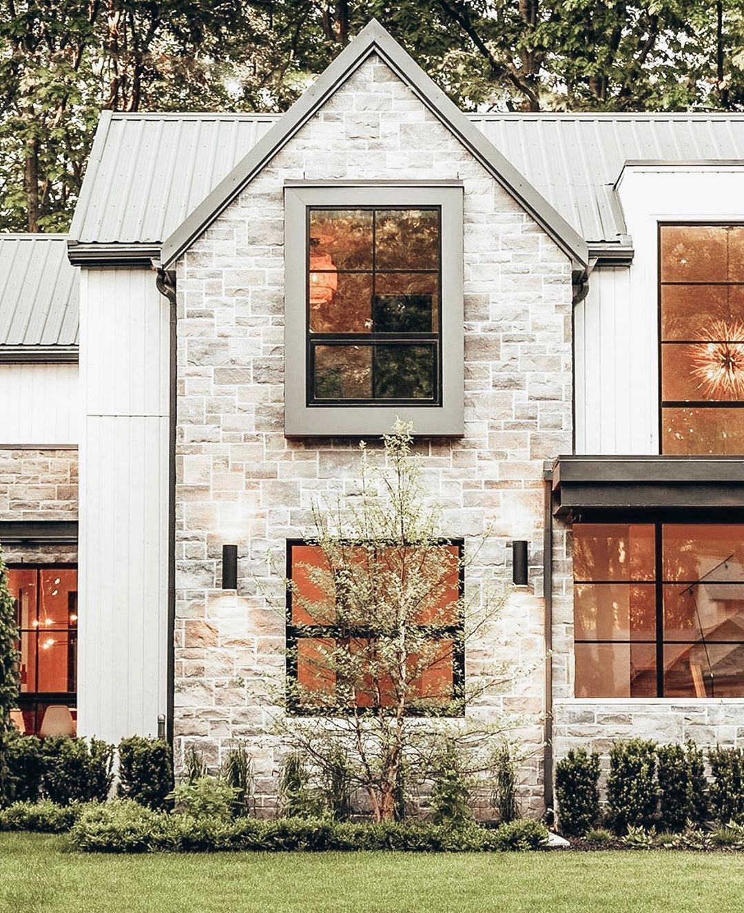 Unique Home Exterior Design: Pin By Jennifer Binkley On Dream Homes In 2020