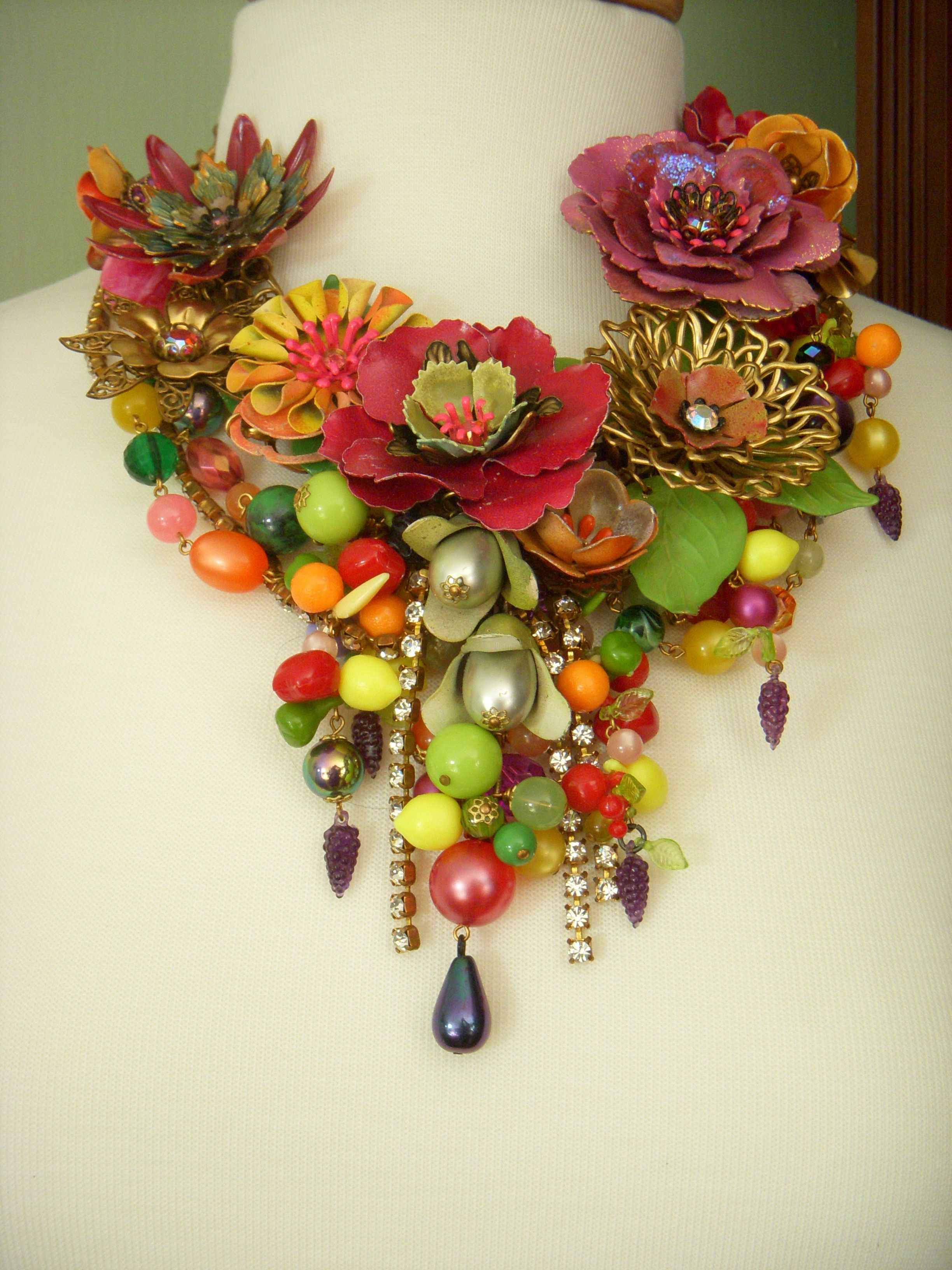 This gorgeous confection was made by Wendy Baker, who is famous for this style and one of the first to bring our attention to it.  I consider it a work of art.
