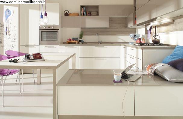 laccato bianco per il modello Start Time di Veneta cucine | Cocinas ...