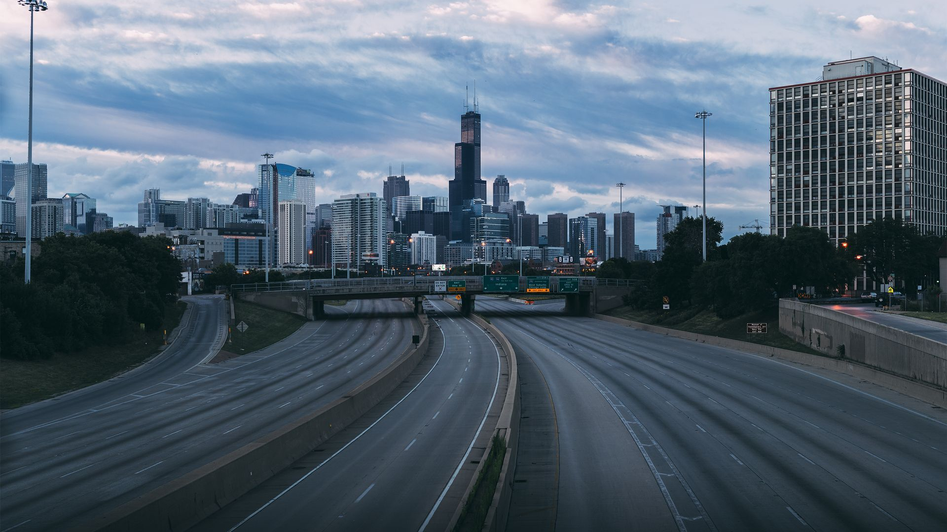 Chicago without Chicagoans - eerie photomanipulation by photographer Michael Salisbury