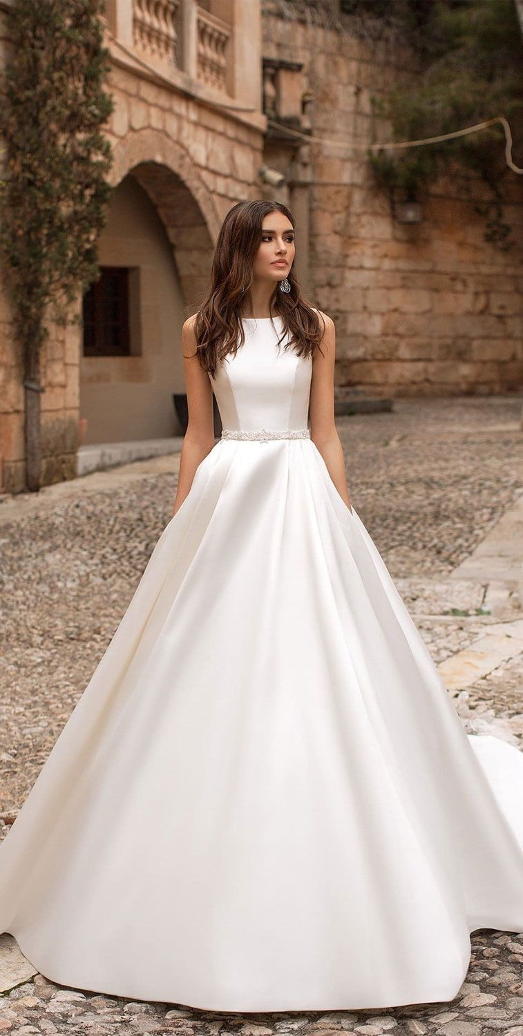 Country wedding dresses get a hold of your favorite luxury bridal