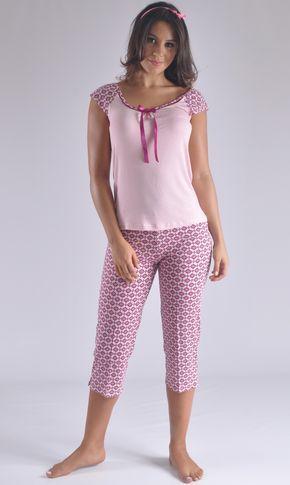 c892412b8 ... pijamas modernos mujer. Pijama Capry en viscosa fresca y moderna