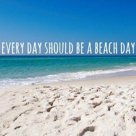 Här kan man promenera, sitta på en bar eller bada från den fina stranden mitt i staden.