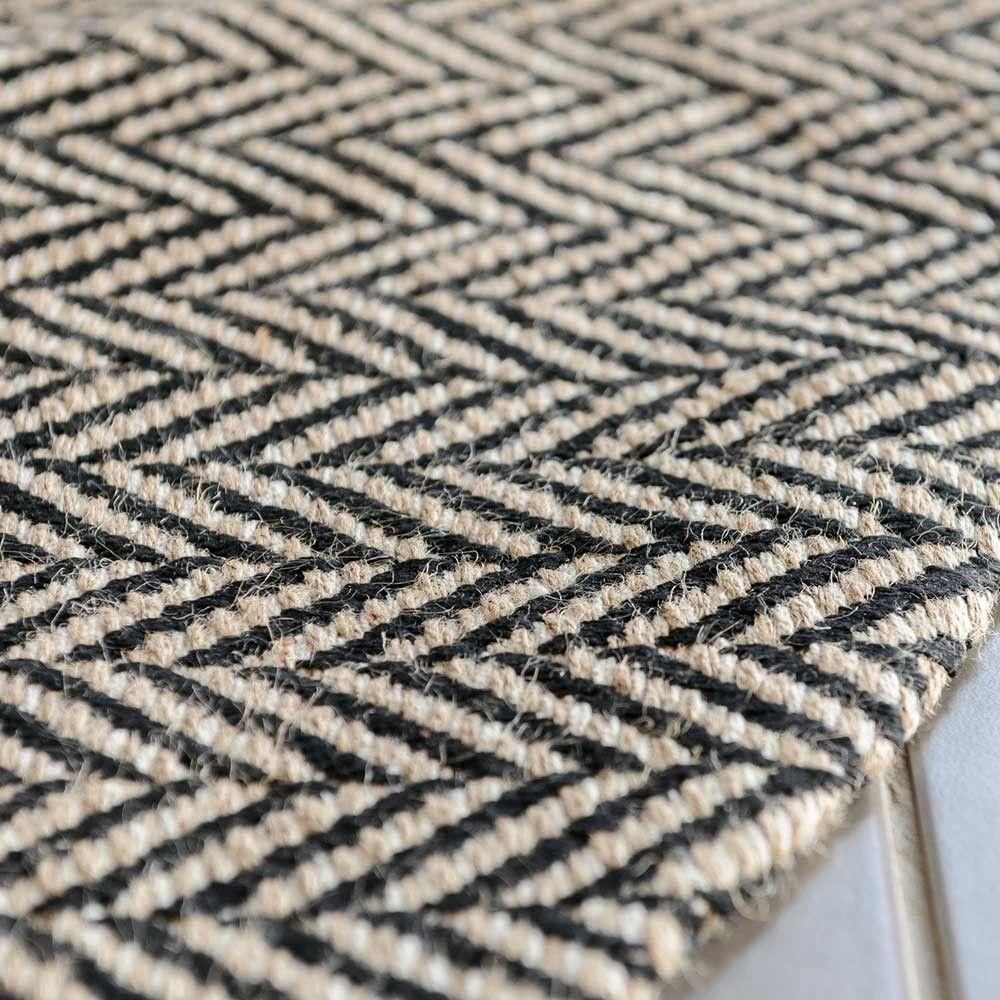 Black Herringbone Handmade Jute Round Rug Handmade Jutes