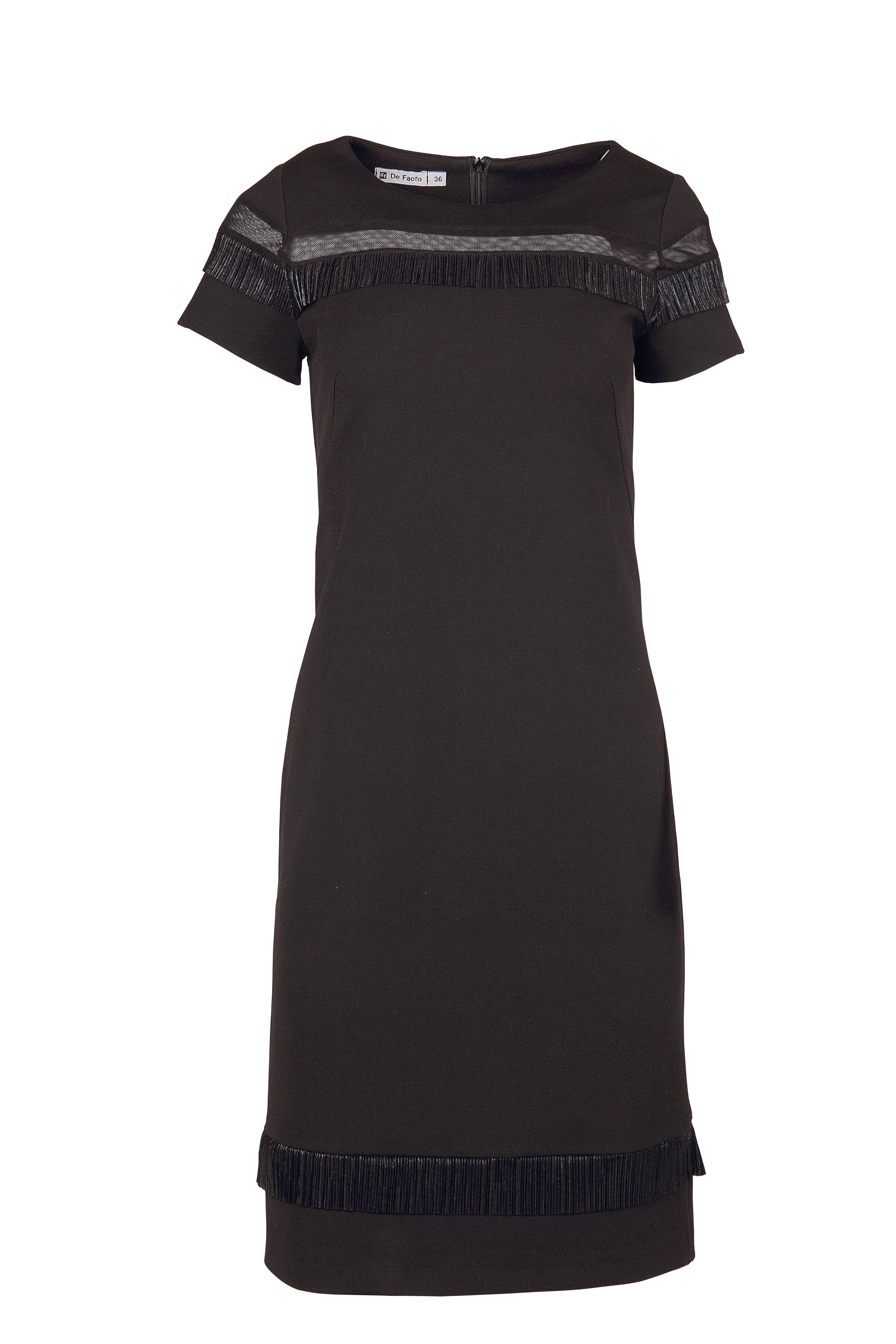 d17a4747c8 Czarna koktailowa sukienka w stylu boho