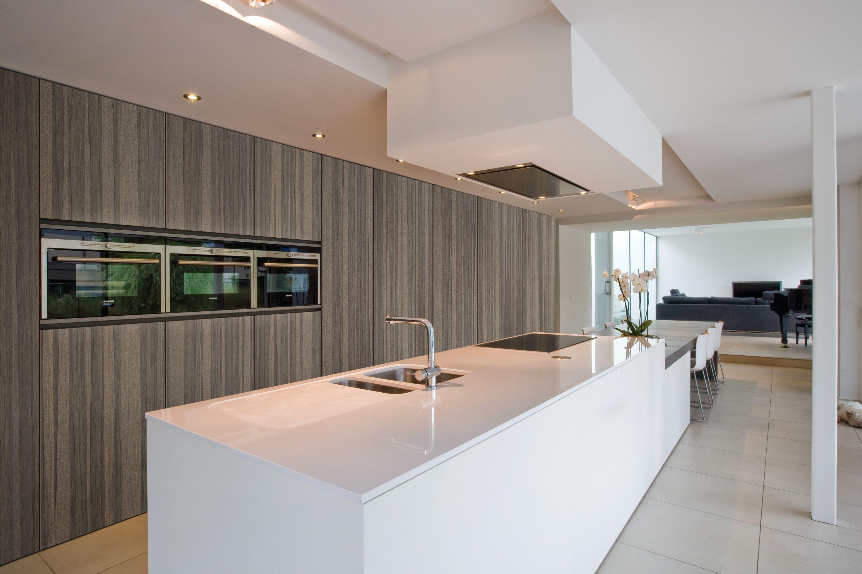 Shinnoki Paxton Wood European Cabinets Kitchen Design Veneer Panels