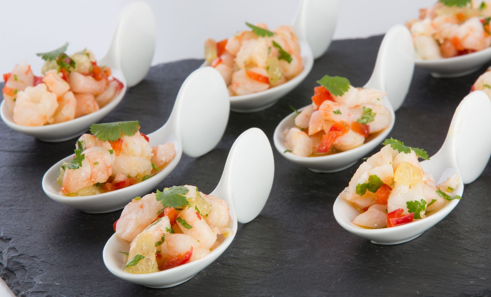 Gambas lime and chilli chinese spoon canap s gluten free for Where to buy canape cups