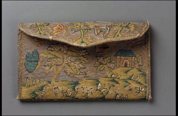 C17th Pocketbook, France, Linen plainweave embroidered with silk and metallic threads, Museum of Fone Arts, Boston