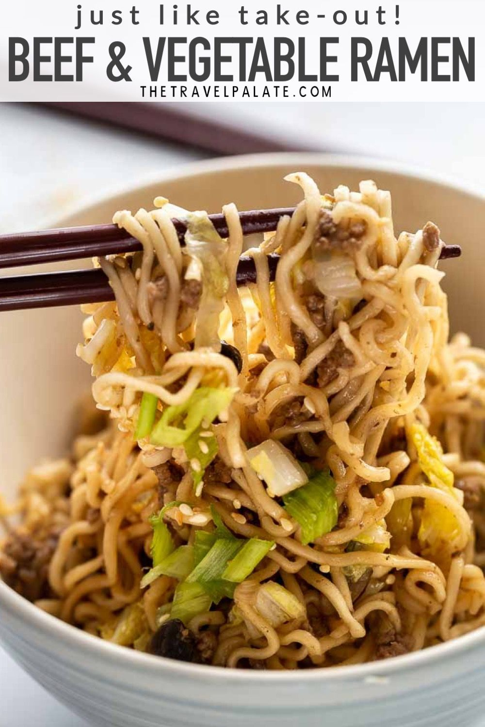 Easy Beef Ramen Noodles Made With Ground Beef Cabbage And Mushrooms This Recipe Uses Instant R Easy Pasta Recipes Top Ramen Recipes Recipes Using Ground Beef