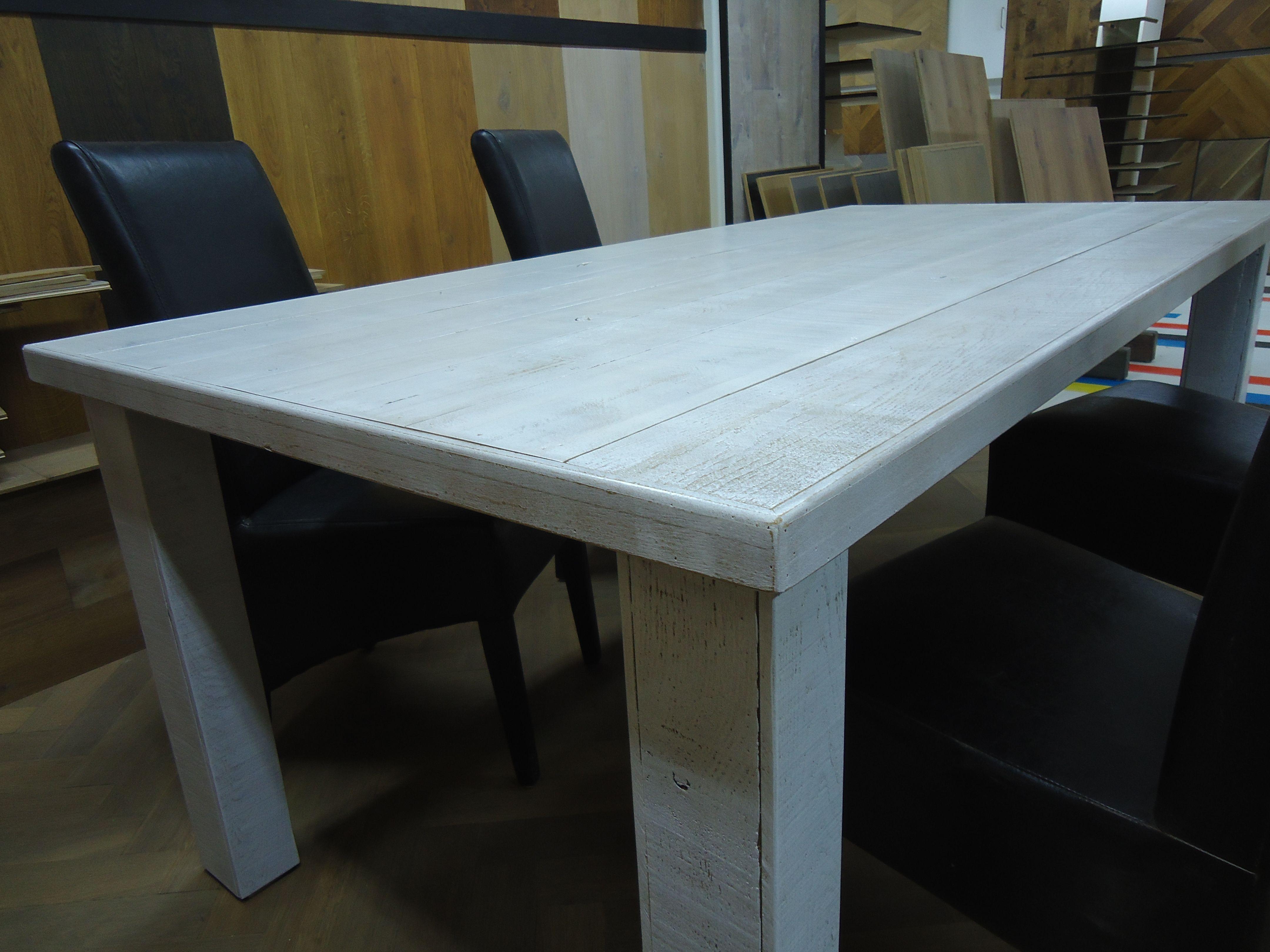 Wit Eiken Tafel : Robuuste witte eiken tafel zaagzijde zichtzijde. tafels zelf