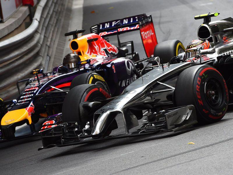 Sebastian Vettel and Kevin Magnussen battle Bbc sport